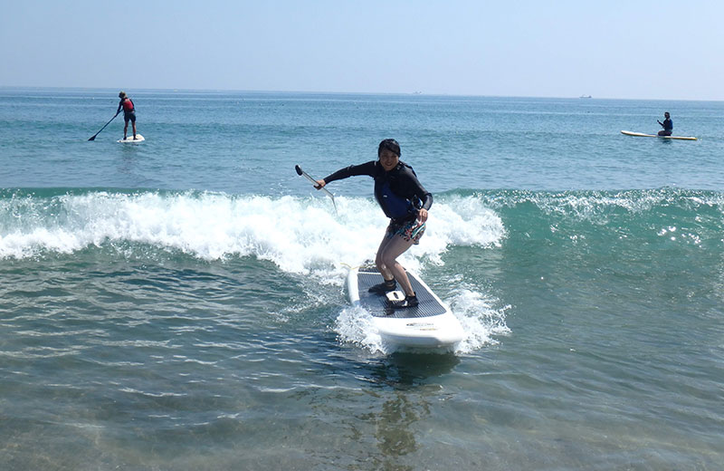 SUP SURFING PHOTO1